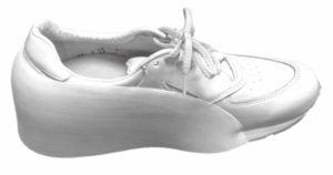medial buttress on shoe